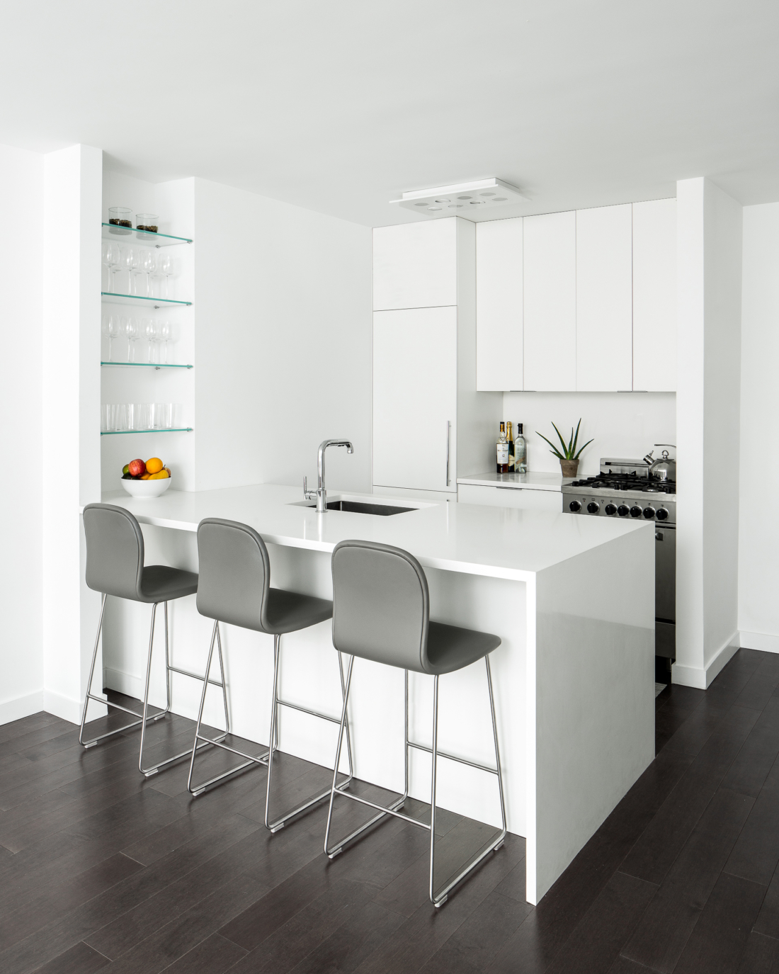 SB_JBA_320-kitchen-white-back--1100x1375.jpg
